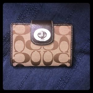 Signature Coach Wallet